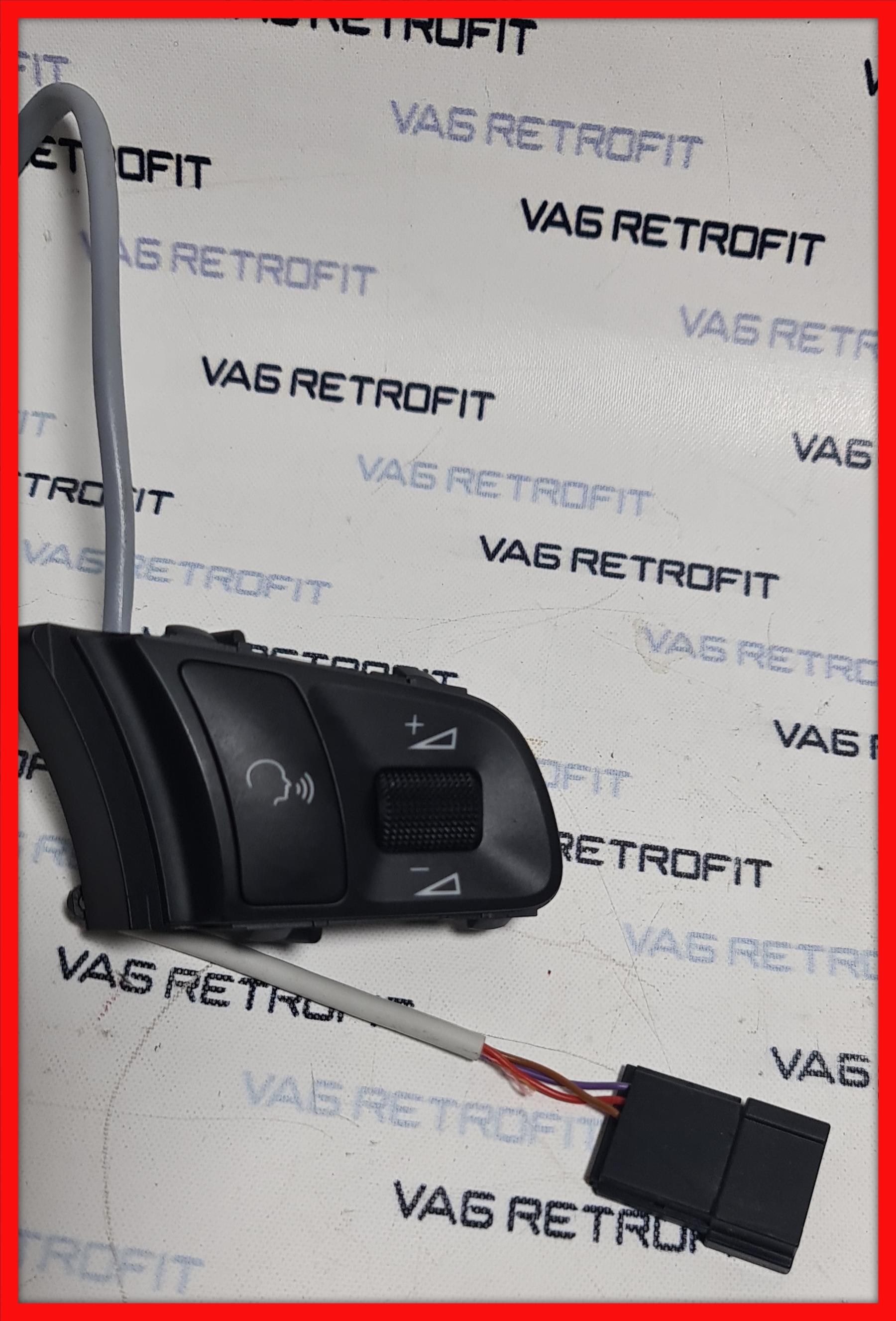 Poza 3 - Comenzi Volan AUDI RS3 RS4 RS5 RS6 TTRS A8 R8 420951527A / 420 951 527 A