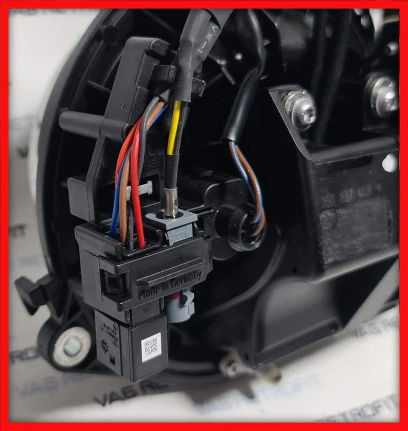 Poza 4 - Camera Spate Marsarier VW Passat B8 HIGHLINE Emblema FLIP ORIGINALA