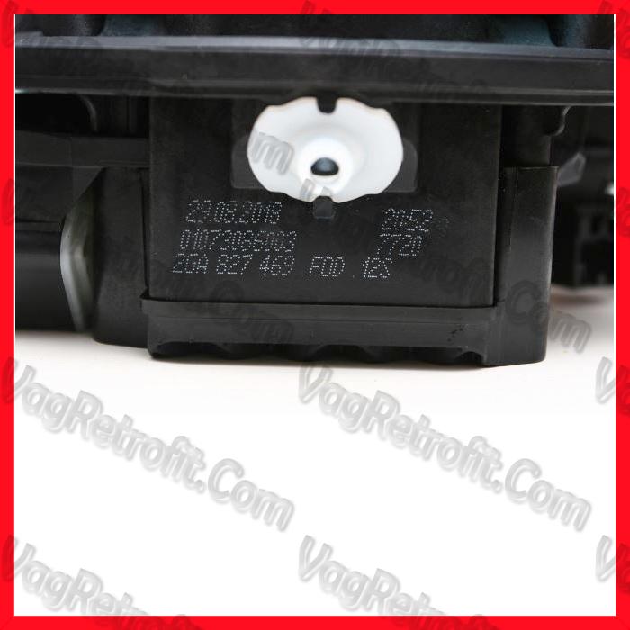 Poza 4 - Camera Marsalier Originala in Emblema VW T ROC / T-ROC