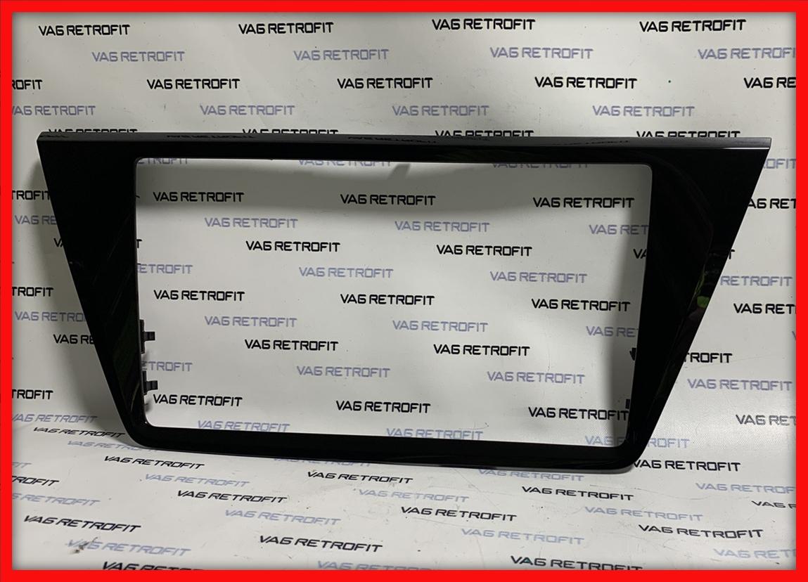 Poza 4 - Rama adaptoare VW Touran pentru display cu diagonala de 9.2 inch